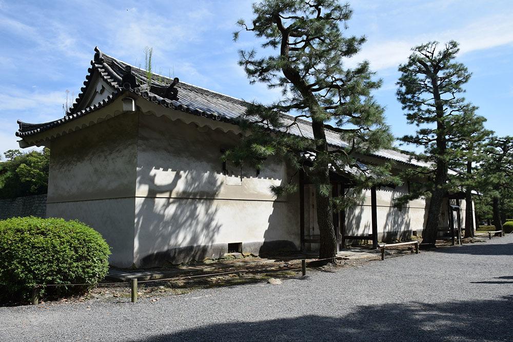 大政奉還150年記念に訪れた二条城。 その3 ~内堀~_e0158128_17573162.jpg