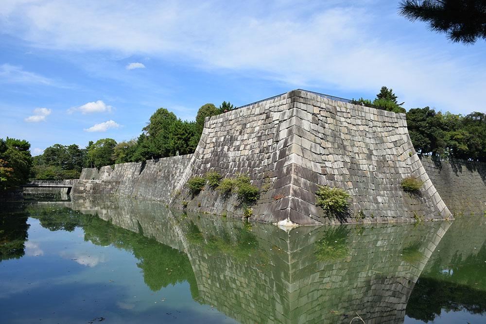 大政奉還150年記念に訪れた二条城。 その3 ~内堀~_e0158128_18010891.jpg