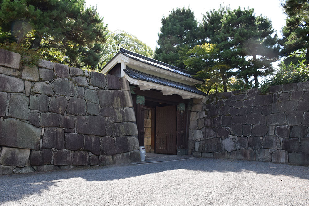 大政奉還150年記念に訪れた二条城。 その3 ~内堀~_e0158128_18031220.jpg
