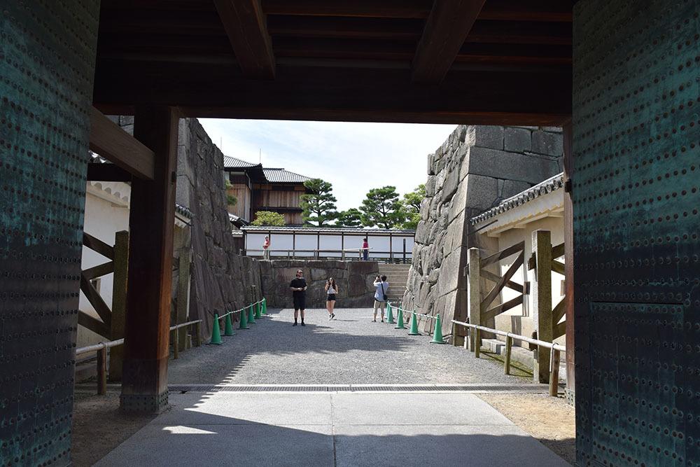 大政奉還150年記念に訪れた二条城。 その4 ~本丸・天守台~_e0158128_18145885.jpg
