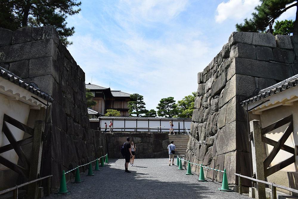 大政奉還150年記念に訪れた二条城。 その4 ~本丸・天守台~_e0158128_18170936.jpg