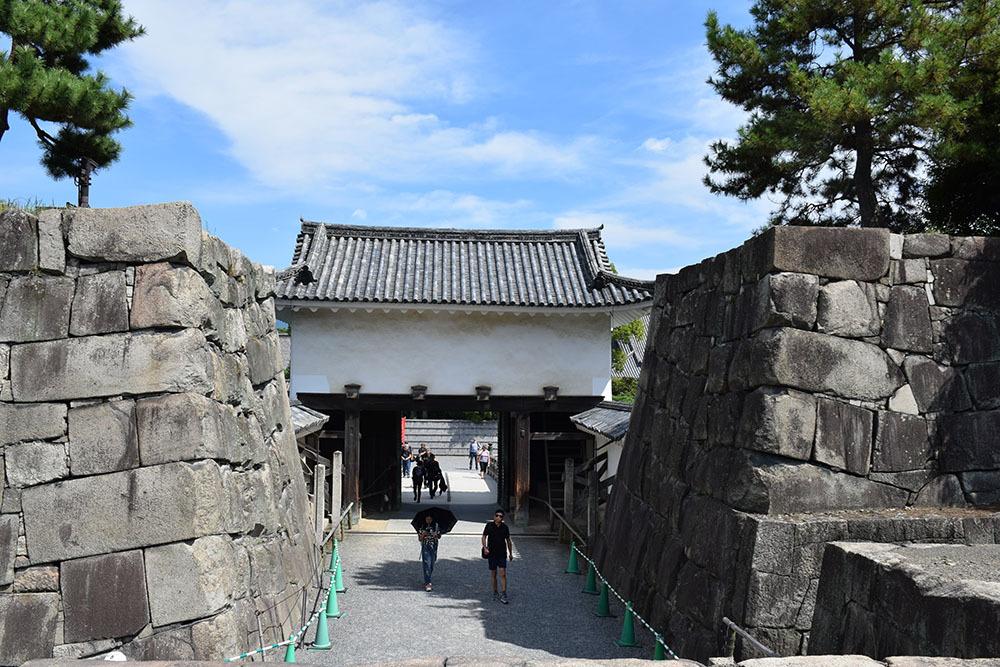 大政奉還150年記念に訪れた二条城。 その4 ~本丸・天守台~_e0158128_18184643.jpg