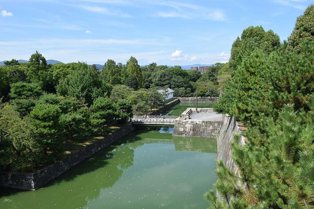 大政奉還150年記念に訪れた二条城。 その4 ~本丸・天守台~_e0158128_18340991.jpg