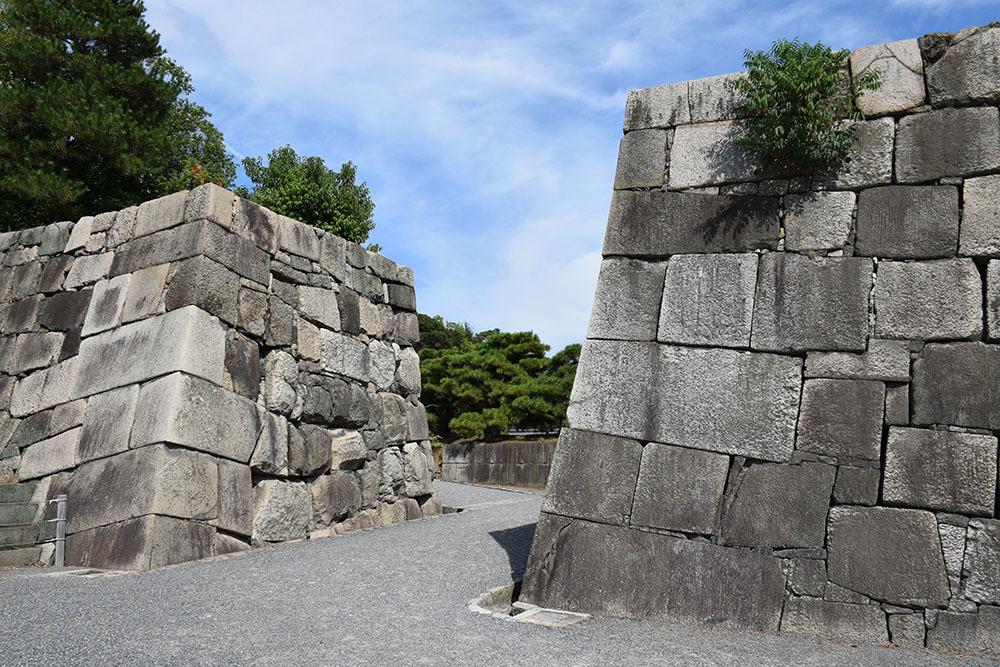 大政奉還150年記念に訪れた二条城。 その4 ~本丸・天守台~_e0158128_18401230.jpg