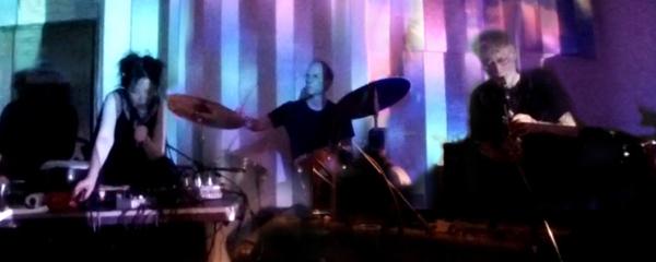 THE WATTS (ティム・ホジキンスン、クリス・カトラー、ユミ・ハラ)日本ツアー全日程_c0129545_09141256.jpg