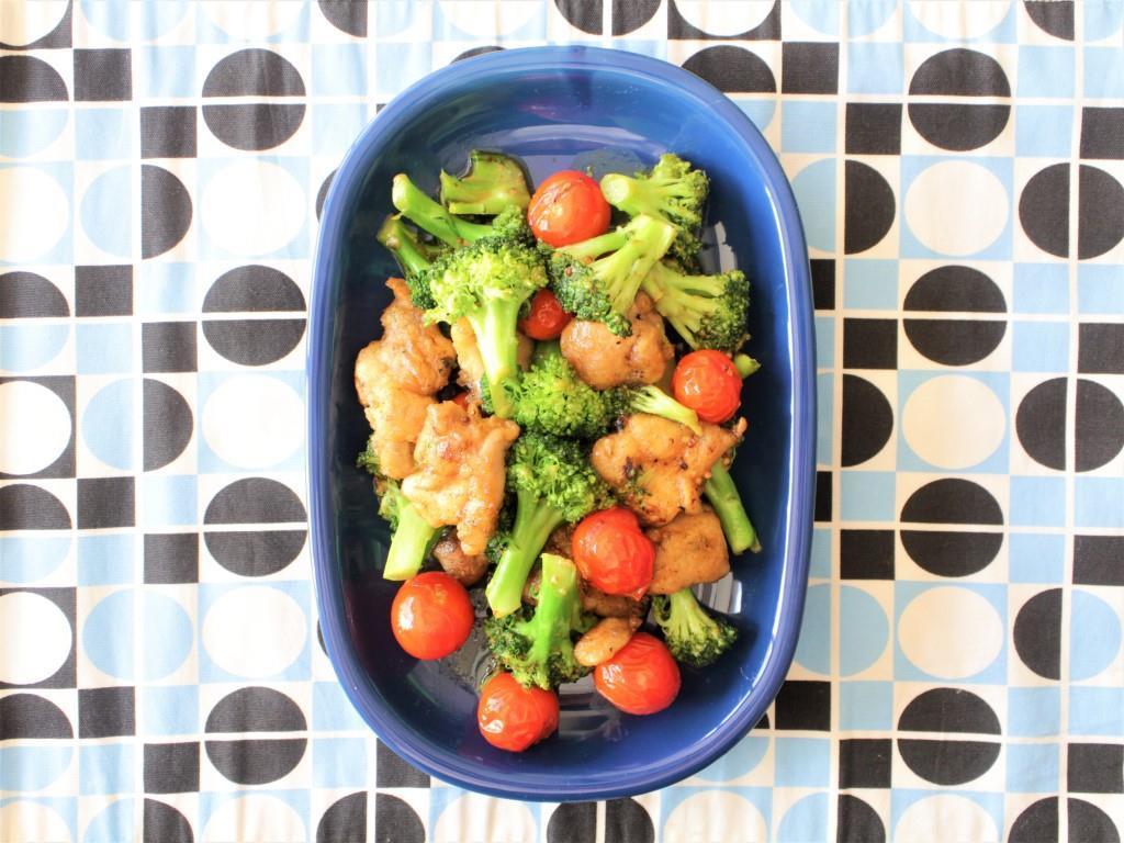 鶏もも肉、ブロッコリー、ミニトマトのしょうゆマスタード炒め_f0220354_13200163.jpg
