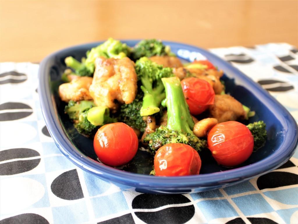 鶏もも肉、ブロッコリー、ミニトマトのしょうゆマスタード炒め_f0220354_13201043.jpg