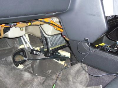 ボルボ 850 T5-R 冷却水漏れ修理(ヒーターコア)_c0267693_17025094.jpg