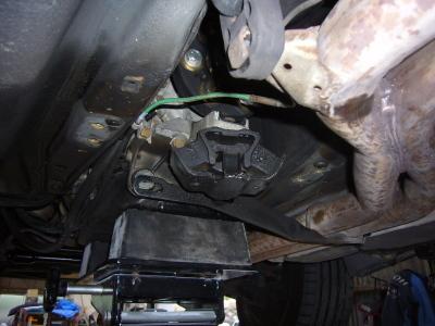 メルセデスベンツ E300 (W124)車検整備_c0267693_17035452.jpg