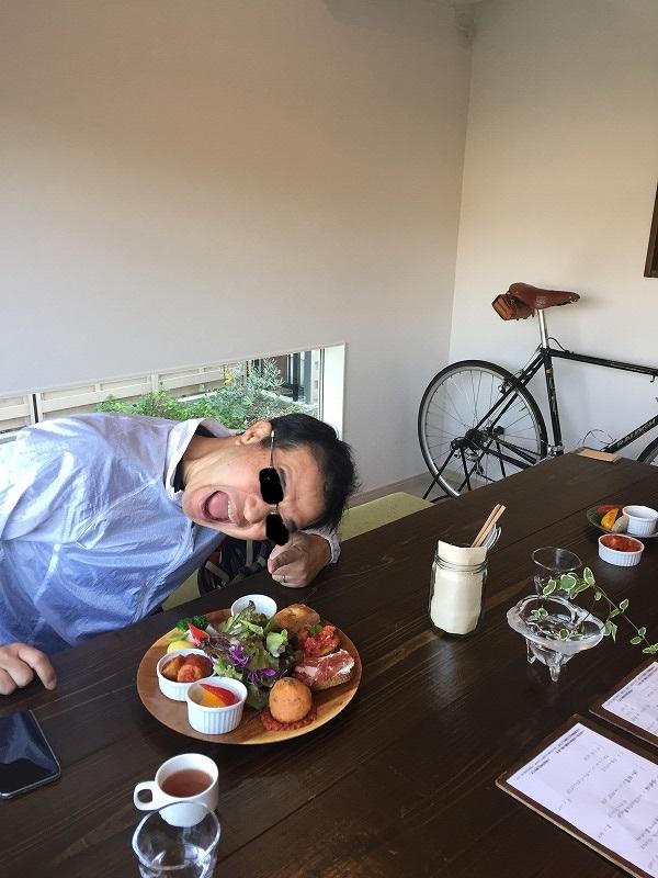 Cafe ura_hotoさんに行ってきました♪_e0003513_23492690.jpg