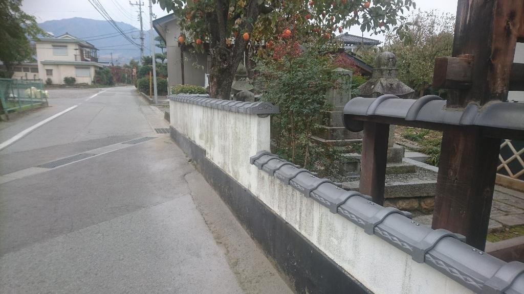 甲州市  銀色の塀瓦  其の三_b0242734_21531801.jpg
