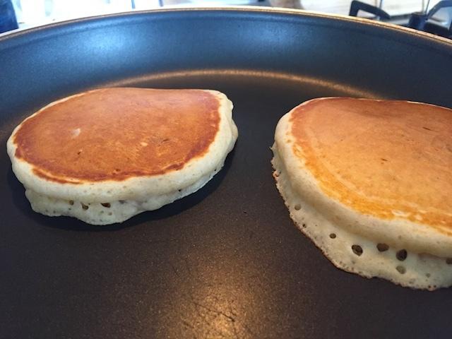 パンケーキの焼きかた_e0287190_00025648.jpg