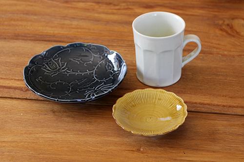 「コーヒーとお菓子のうつわ展」の作品について_e0205196_2117378.jpg