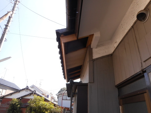 瓦屋根、破風板、軒天修繕工事_f0140817_16043237.jpg