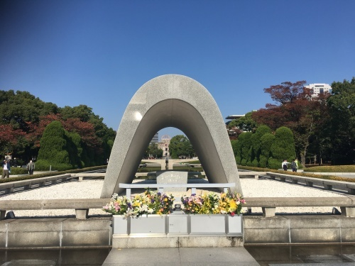 翌日は広島へ。_b0028732_23483375.jpeg
