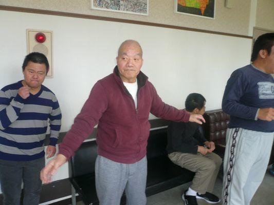 11/12 日中活動_a0154110_13590255.jpg