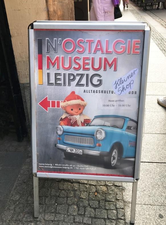 ノスタルギー博物館へ_e0141754_13511715.jpg