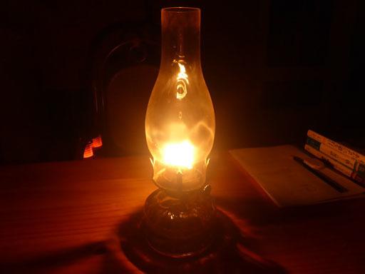 夜、ランプ、火、想い_d0366590_20204178.jpg