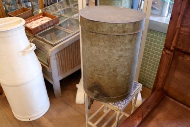 昭和初期の古い家・古民家片付け。家財古道具買取ます。どこでも無料出張買取_d0172694_15261138.jpg