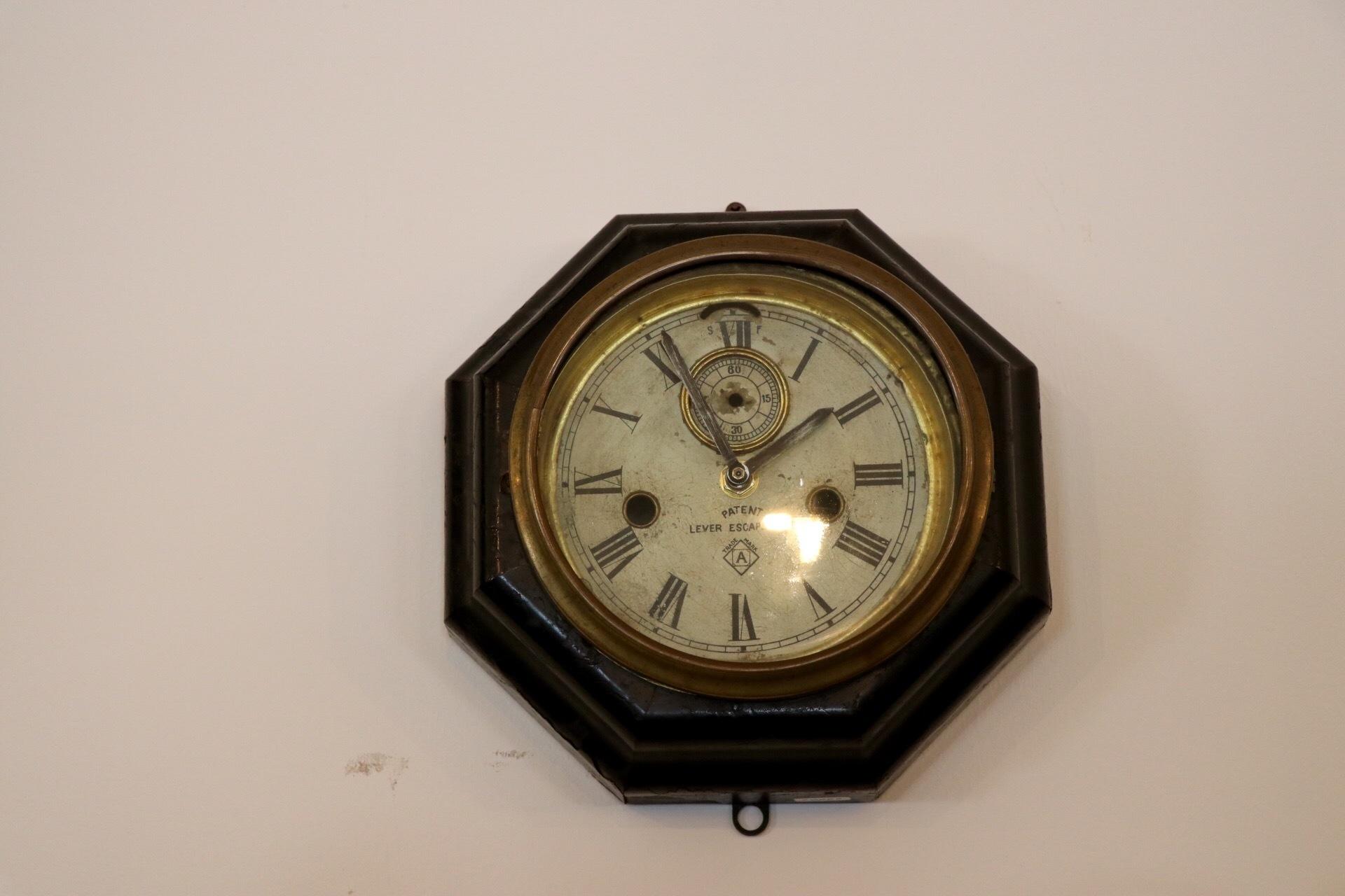 昭和初期の古い家・古民家片付け。家財古道具買取ます。どこでも無料出張買取_d0172694_15264987.jpg
