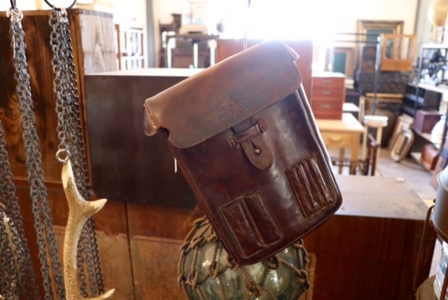 昭和初期の古い家・古民家片付け。家財古道具買取ます。どこでも無料出張買取_d0172694_15270583.jpg