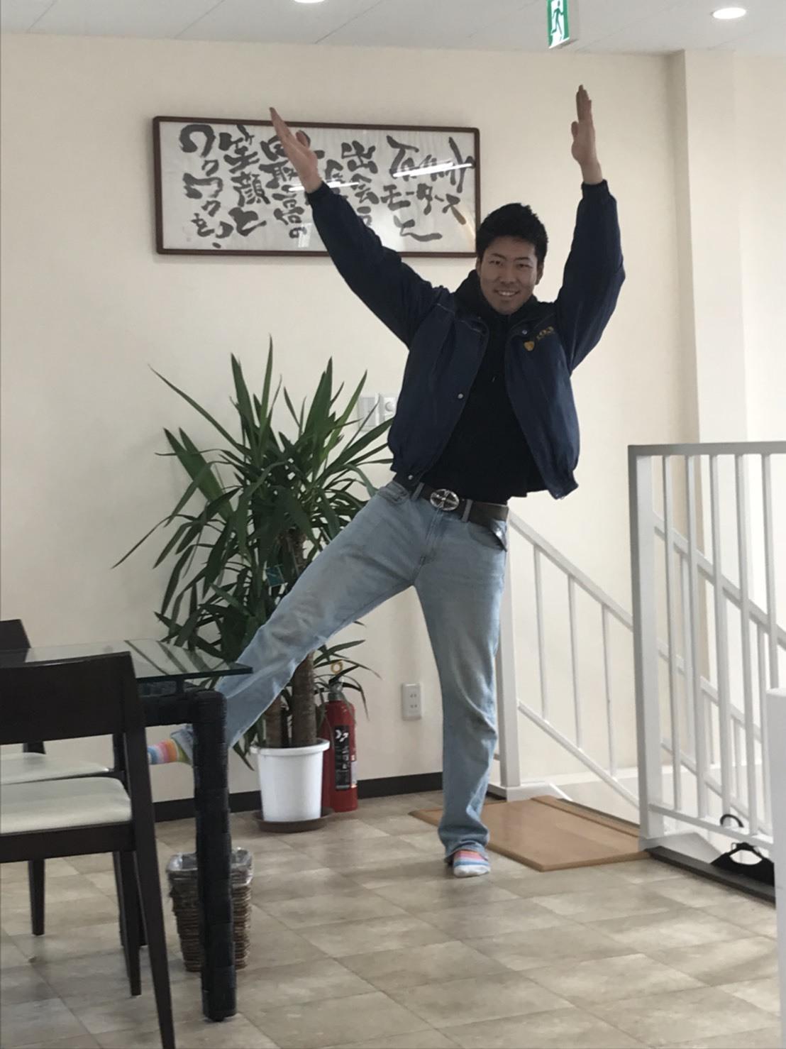 11月15日(水)トミーベース カスタムブログ☆ハリアー ランクル 多数ラインナップ!!_b0127002_20483318.jpeg