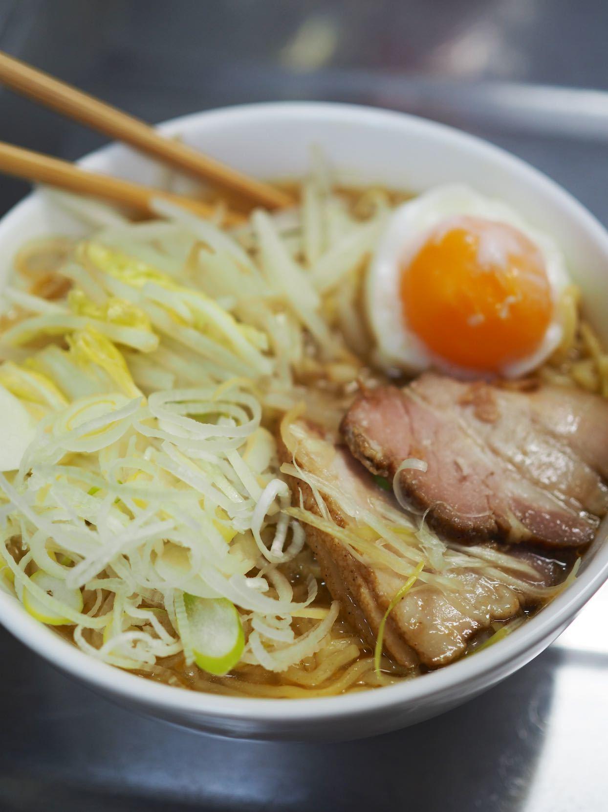 神戸物産LA はつかり麺株式会社 お徳用生ラーメンみそ味_b0360240_22545066.jpg