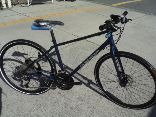 通勤にお勧めのクロスバイク 入荷しました_b0332867_21414703.jpg