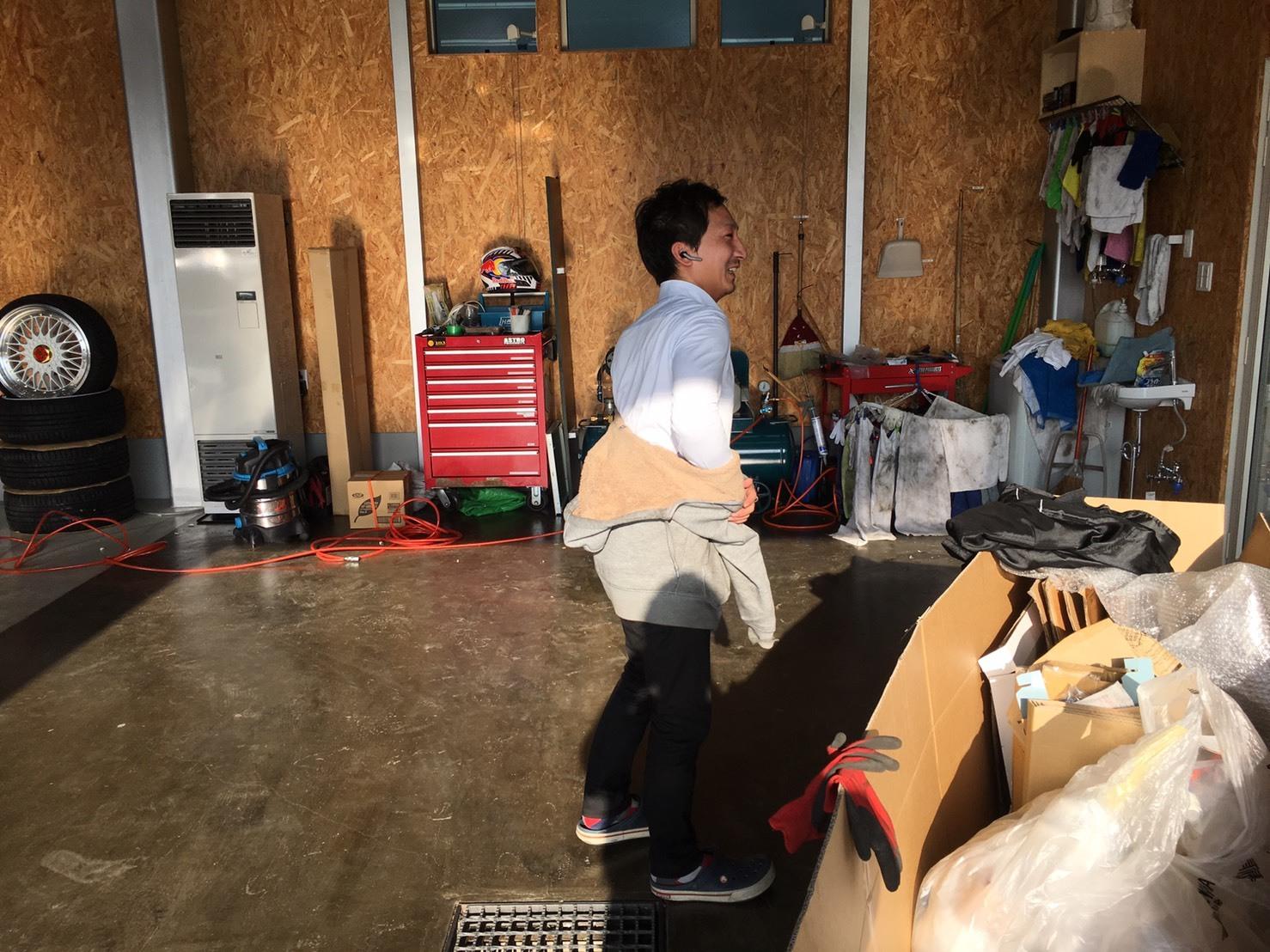 11月15日(水)トミーベース カスタムブログ☆ハリアー ランクル 多数ラインナップ!!_b0127002_10550897.jpg
