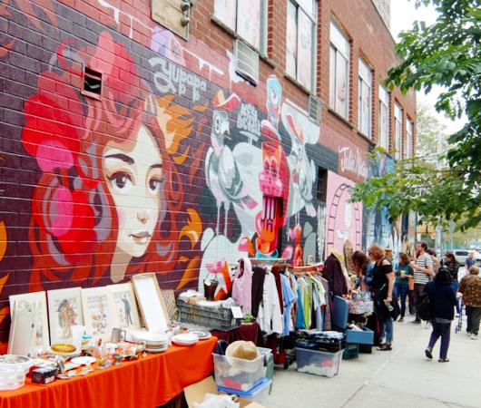 壁画とアンティークのお買い物を同時に楽しめるNYの穴場スポット、Julie\'s Vintage_b0007805_1141924.jpg
