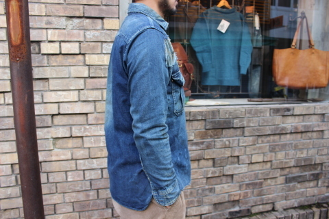 "ANACHRONORM ""DAMAGED DENIM WORK SHIRT\"" ご紹介_f0191324_08085954.jpg"