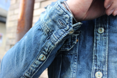 "ANACHRONORM ""DAMAGED DENIM WORK SHIRT\"" ご紹介_f0191324_08095989.jpg"