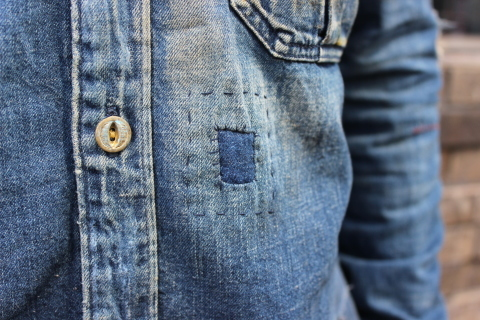 "ANACHRONORM ""DAMAGED DENIM WORK SHIRT\"" ご紹介_f0191324_08112248.jpg"