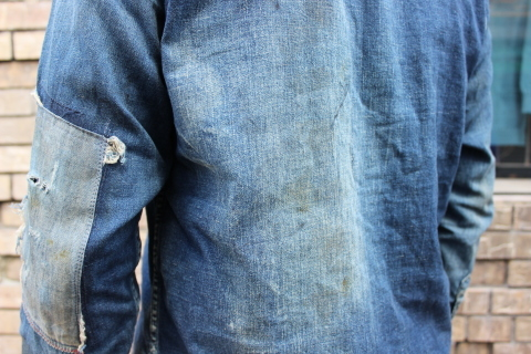 "ANACHRONORM ""DAMAGED DENIM WORK SHIRT\"" ご紹介_f0191324_08125115.jpg"