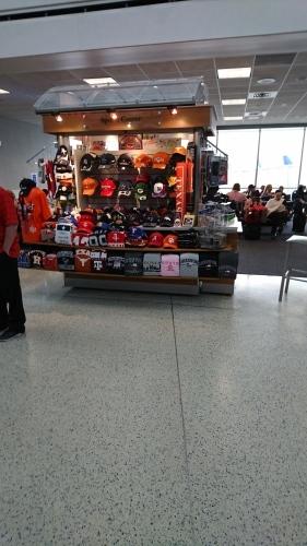 ヒューストン空港まで来ました_d0193569_00034058.jpg