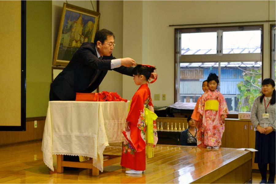 第二幼稚園 10月11月生まれの誕生会を行いました。_d0353789_11211837.jpg