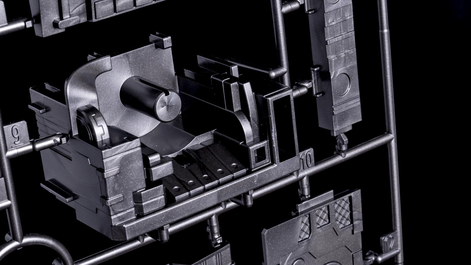 タイムマシンで動きを止められた「野比のび太のプラモデル」の話_b0029315_00013326.jpg
