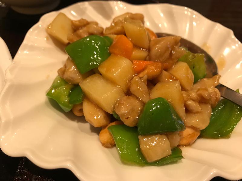 梅蘭焼きそばと鶏肉とカシューナッツ炒め_a0359239_19062422.jpg