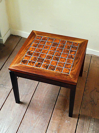 tile top sidetable_c0139773_16135741.jpg