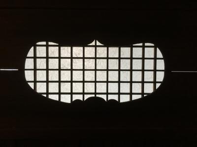 目板張りドア一体型、昭和初期の取っ手、トイレの扉再利用 いい感じに仕上がりました ありがとうございました。薪ストーブの効率格段に上がりました!_f0115152_13064462.jpg