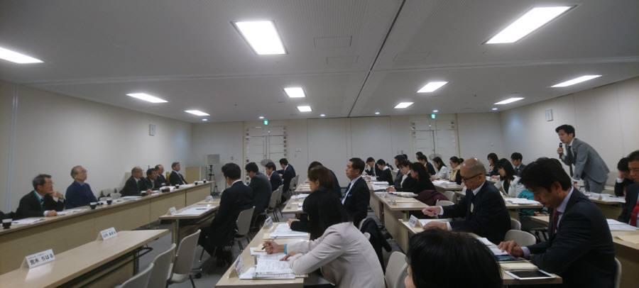 各会計決算委員会意見開陳ほか_f0059673_22571469.jpg
