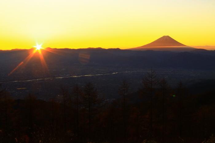 29年11月の富士(17)甘利山の富士_e0344396_23034276.jpg