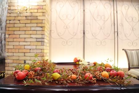 秋の装花 ダリアと紅葉、秋の実の階段装花_a0042928_10321481.jpg