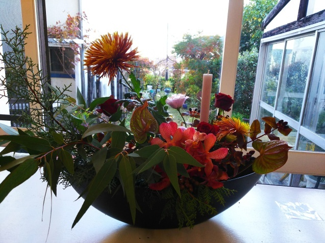 神戸から、Christmas Flower arrangement_a0098174_21212169.jpg