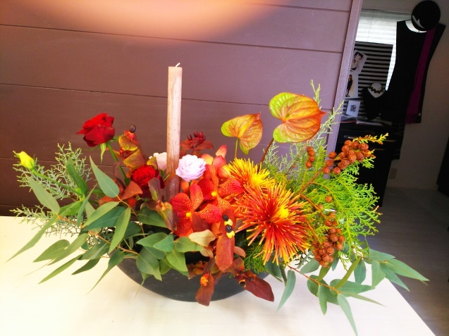 神戸から、Christmas Flower arrangement_a0098174_22103838.jpg