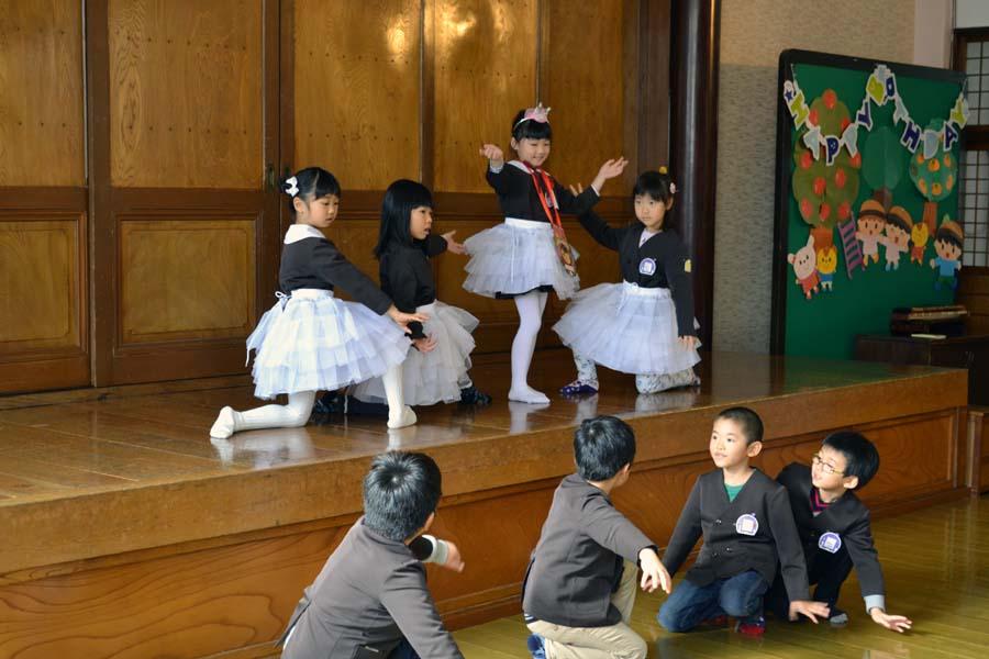 第一幼稚園 お誕生会を行いました_d0353789_10233955.jpg