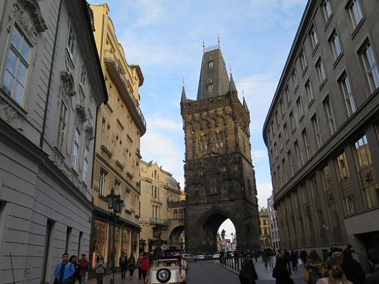 街の風景 in プラハ_c0192215_7583229.jpg