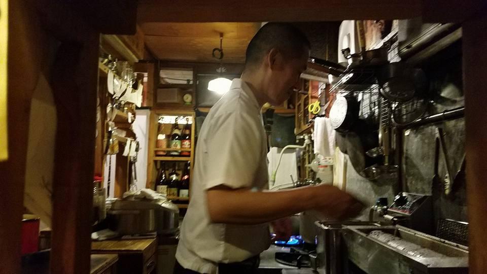 ノンフィクション作家門田隆将さんが、高知に講演で帰ってきたので、池田くんと「かるぽーと」の楽屋まで激励に行ってきました。_c0186691_11592382.jpg