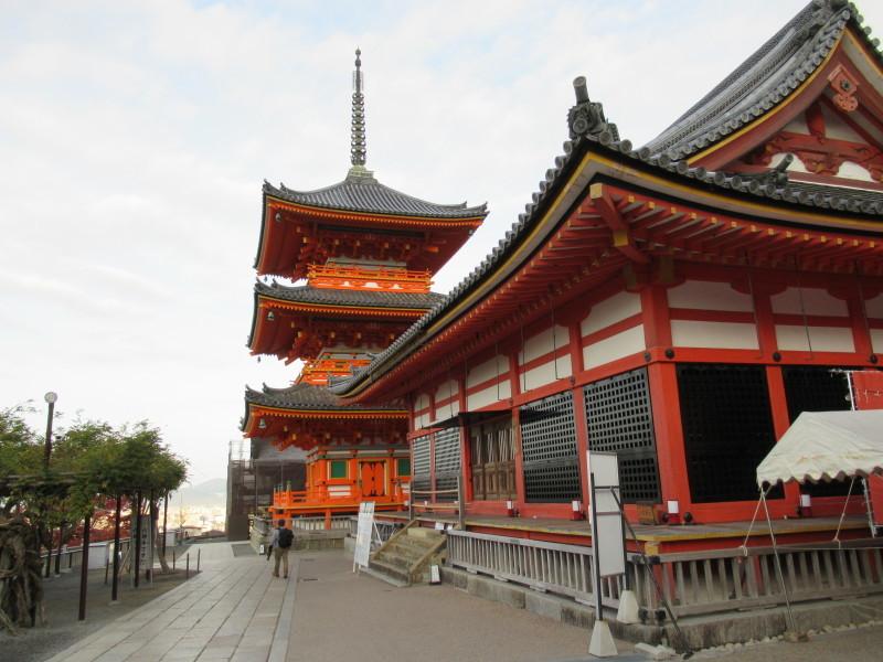 清水寺は盛りです_e0048413_20433040.jpg
