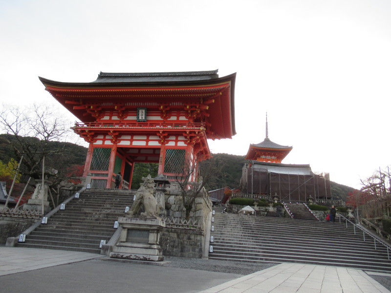 清水寺は盛りです_e0048413_20433914.jpg